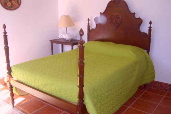 LARGE LUXURIOUS VILLA NEAR PORTO CITY: DOUBLE ROOM 2