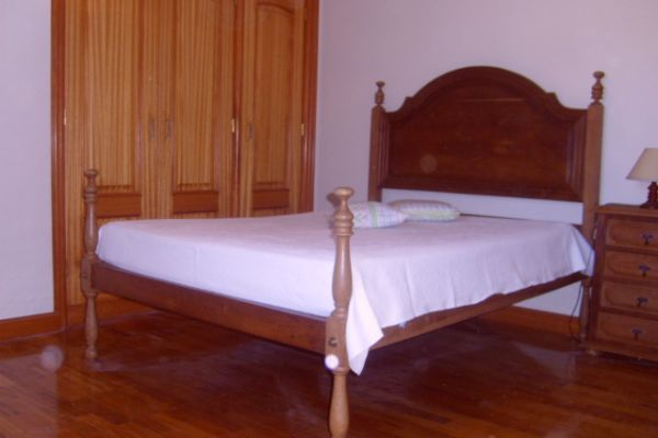 LARGE LUXURIOUS VILLA NEAR PORTO CITY: DOUBLE ROOM 3