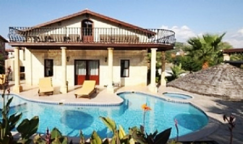 Dalyandiamond villa 5 bedrooms private pool : private pool and balcony