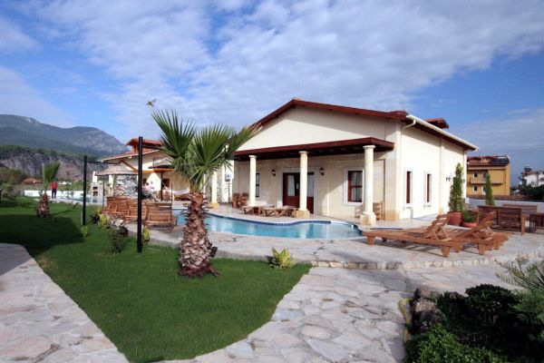Dalyandiamond villa 5 bedrooms private pool : detached villa private pool an