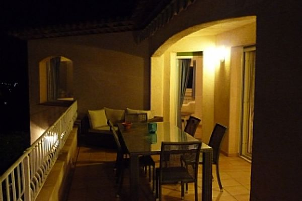 Villa: Terrace at night
