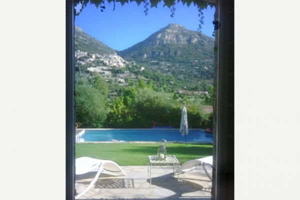 Villa with private pool: View of Village and Baou